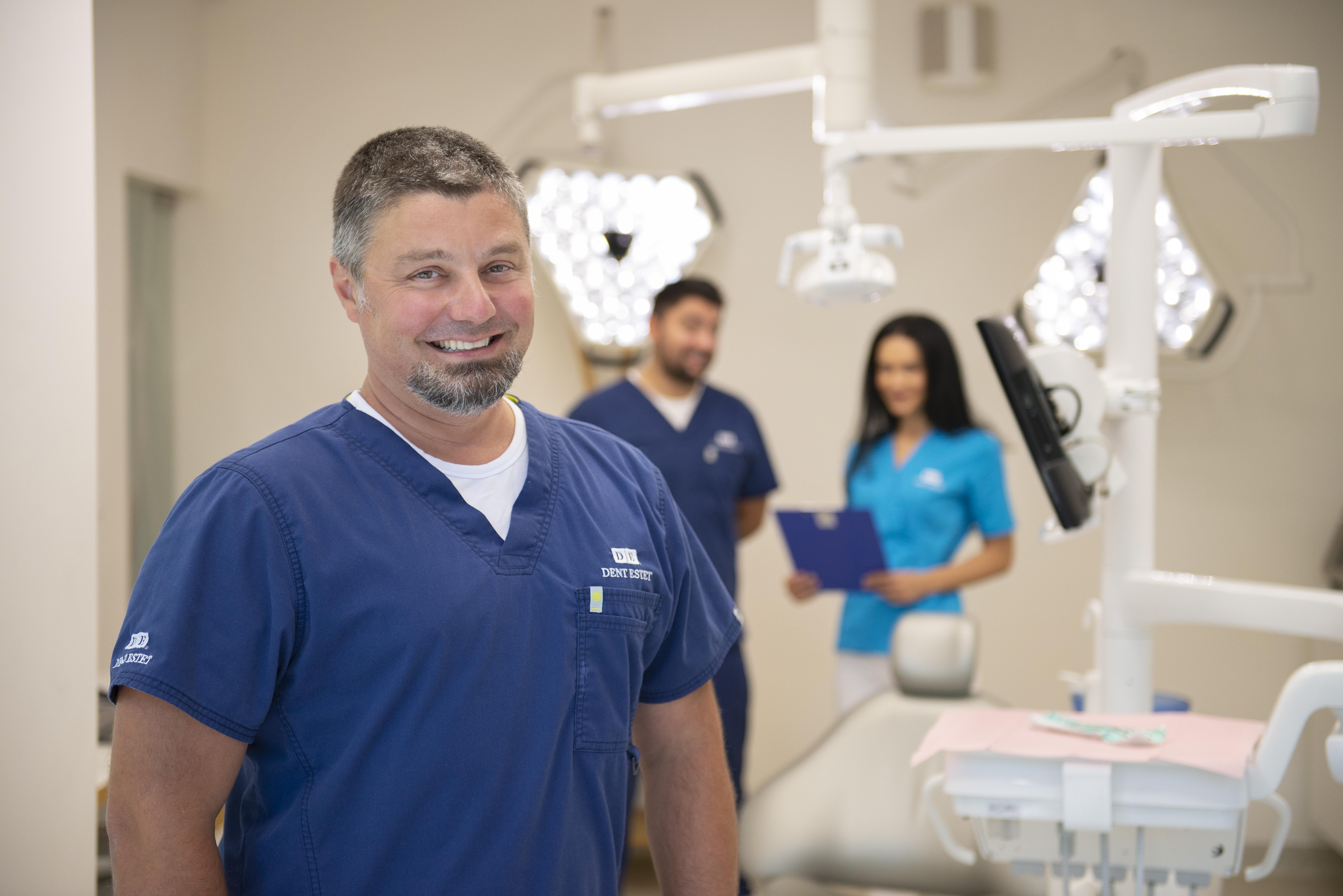 Care sunt avantajele unui implant dentar realizat integral din ceramică